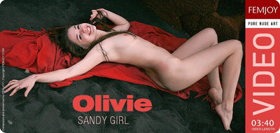 Video: Olivie – Sandy Girl