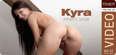 Video: Kyra – Private Show