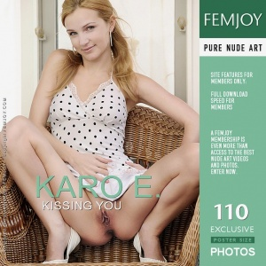Karo E - Kissing You