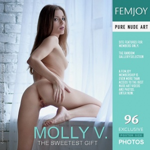 Molly V – The Sweetest Gift