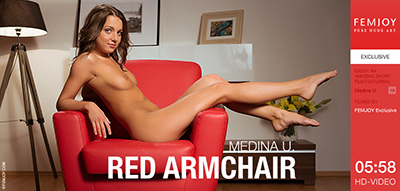 Video: Medina U - Red Armchair