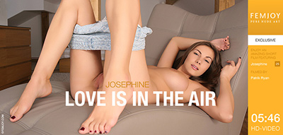 Video: Josephine – Love Is In The Air